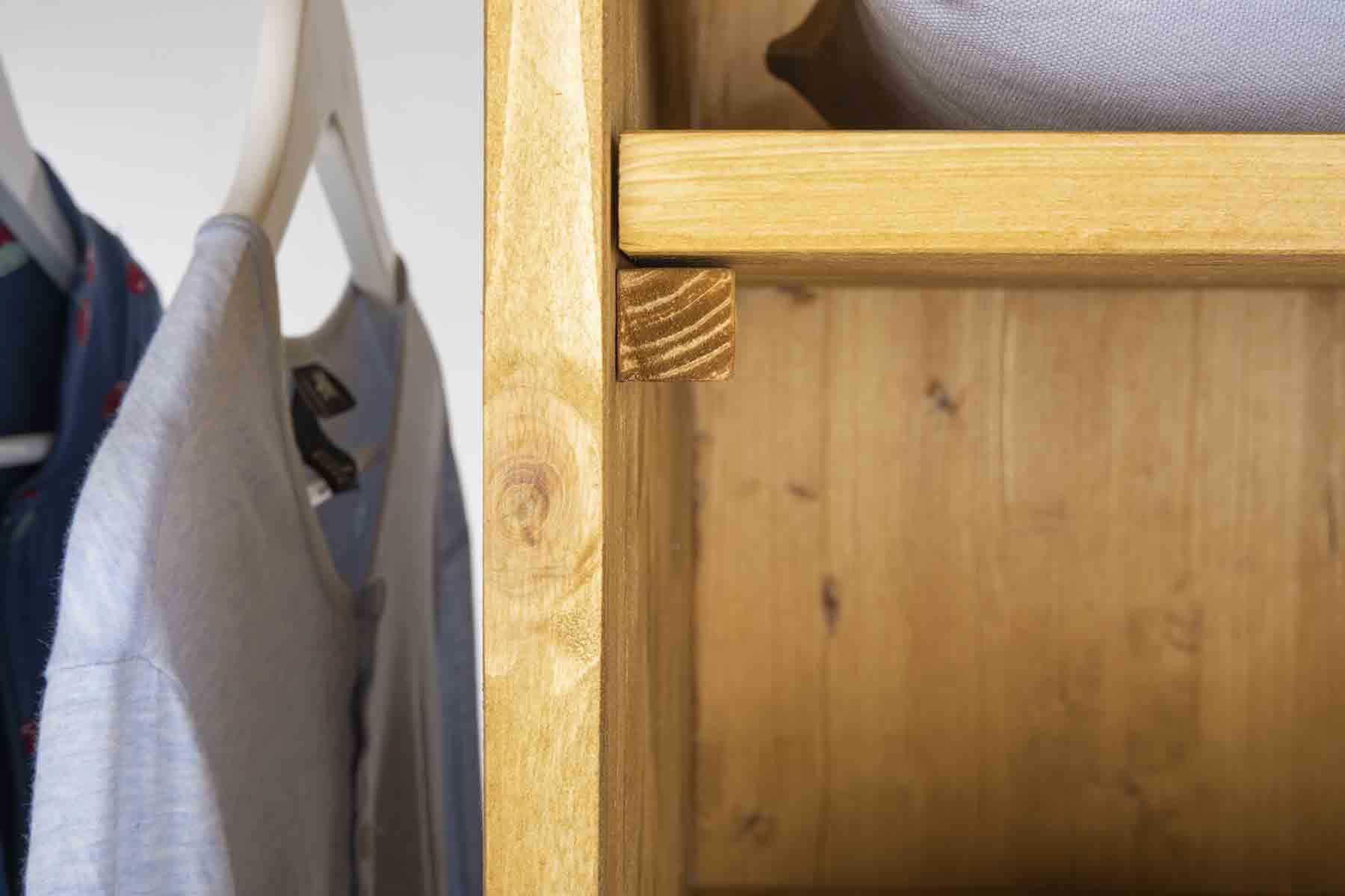 das mobelstuck ist universell einsetzbar ob als raumteiler garderobe oder kleiderschrank flurmobel lisa ist immer ein besonderer hingucker
